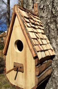 Hummel bird house 1